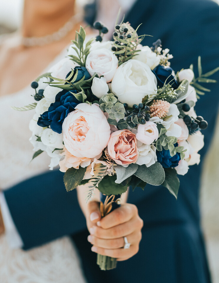 Wedding Bouquet Pensacola Beach | Bown Media